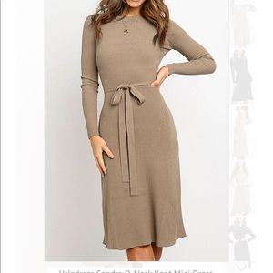 Brand new never working sleeve dress!